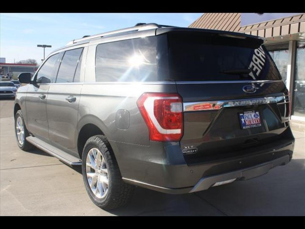 2021 Magnetic Metallic Ford Expedition MAX XLT (1FMJK1HT7ME) with an 3.5L V6 DOHC 24V FFV engine, 6A transmission, located at 1105 E Mulberry, Kaufman, TX, 75142, (972) 962-2151, 32.589550, -96.300926 - Photo #4