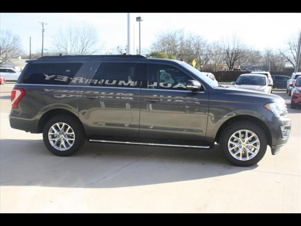 2021 Magnetic Metallic Ford Expedition MAX XLT (1FMJK1HT7ME) with an 3.5L V6 DOHC 24V FFV engine, 6A transmission, located at 1105 E Mulberry, Kaufman, TX, 75142, (972) 962-2151, 32.589550, -96.300926 - Photo #8